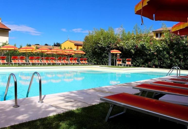 浪漫酒店, 韦罗内塞 , 室外游泳池