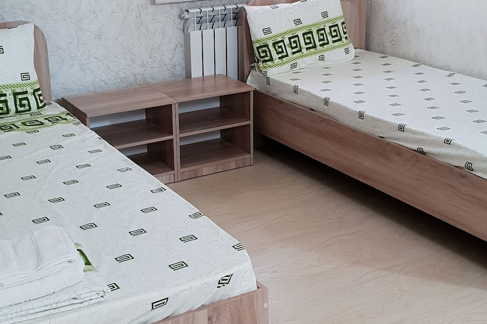 Family Double Room, 1 Queen Bed with Sofa bed, Non Smoking - Guest Room