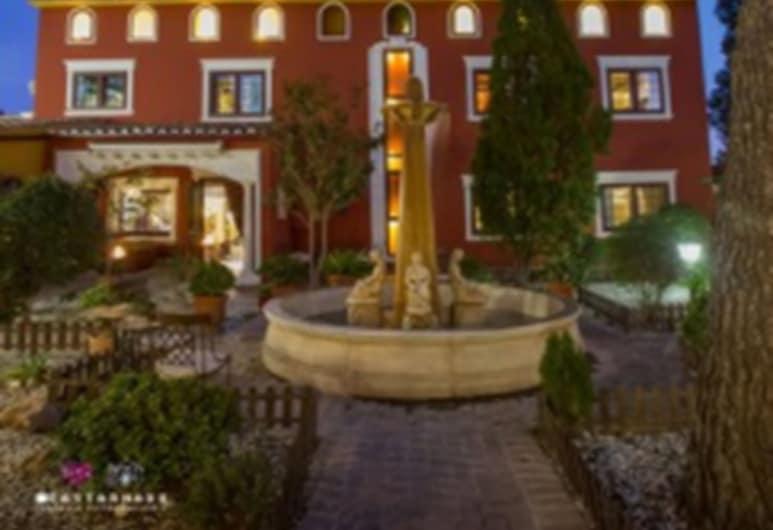 Masía de Lacy Hotel, Museros, ด้านหน้าของโรงแรม - ช่วงเย็น/กลางคืน