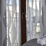 Deluxe Double Room, Balcony, City View - Bilik Tamu