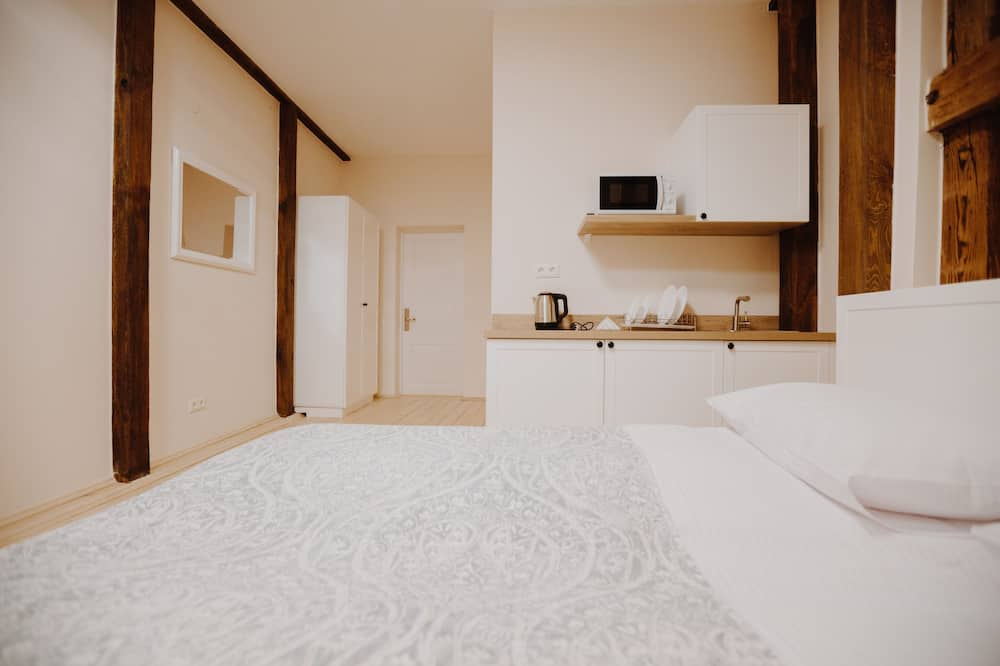 Standard Room, Multiple Beds, Non Smoking - Guest Room