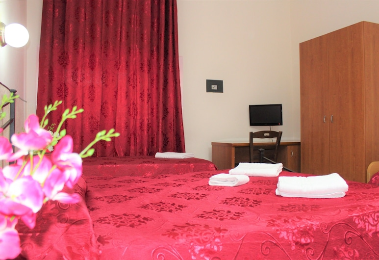 Hotel Moon Light, Rome, Triple Room, Guest Room
