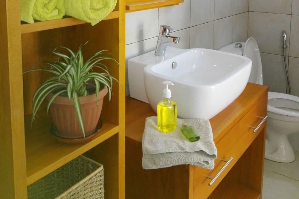 Dvivietis kambarys mieste, Nerūkantiesiems - Vonios kambarys