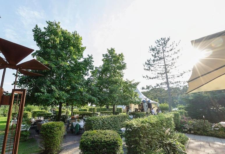 Hotel & Restaurant Zur Windmühle, Beckum, Jardin