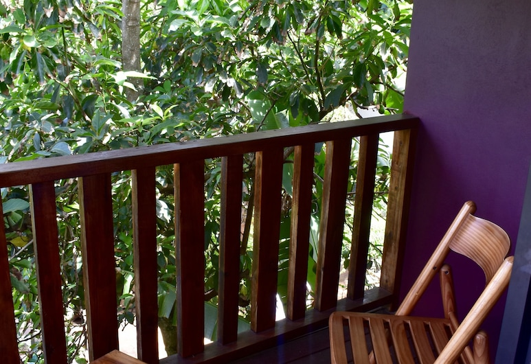 Ovahe, Hanga Roa, Maison Familiale, 3 chambres, 2 salles de bains, vue vallée, Balcon