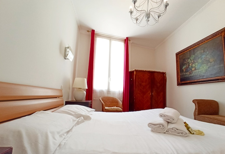 Spacious 2 Bedrooms close Croisette, Cannes