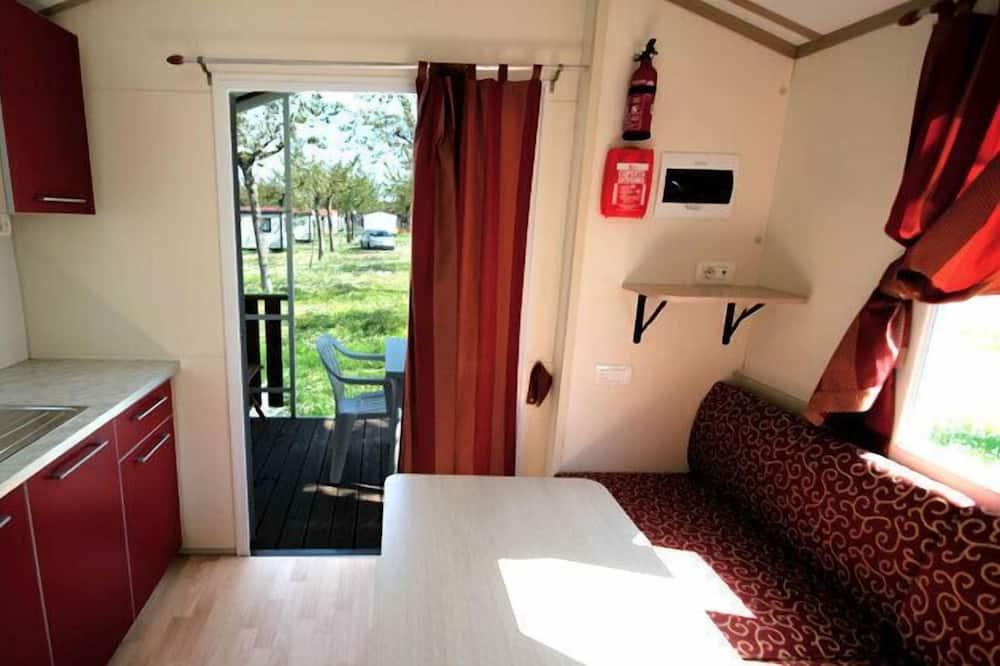 Bungalow, 1 Bedroom, Patio - Living Room
