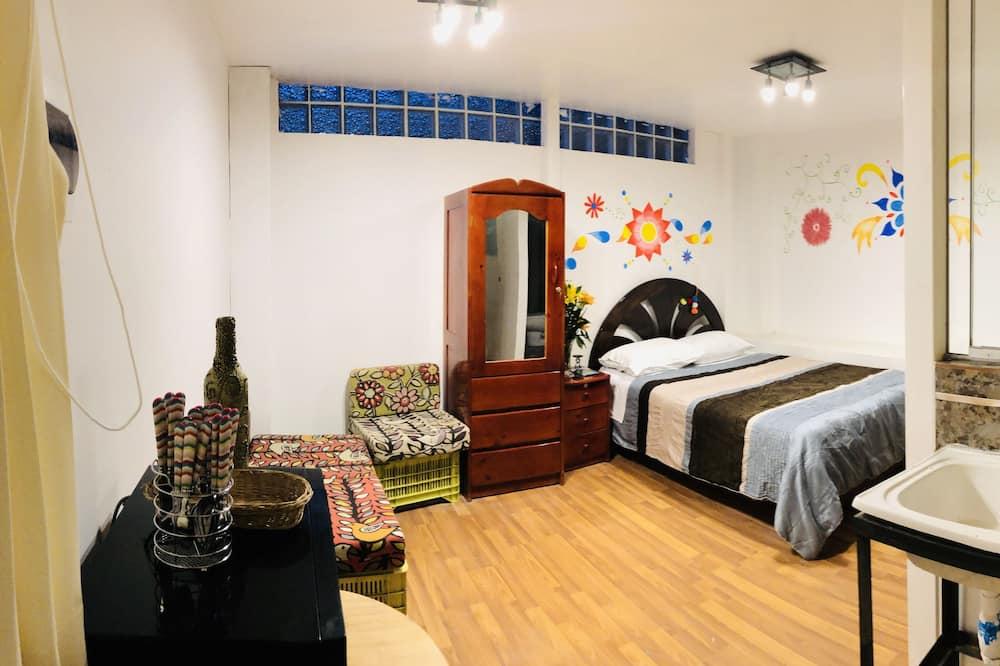 Apart 4 - Living Room