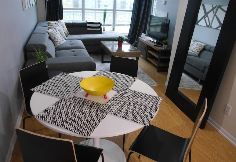 Great 1BR Condo in the Heart of the City, Toronto