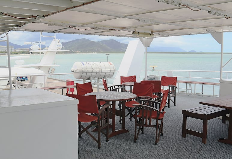 Boatel Cairns, Cairns, Breakfast Area