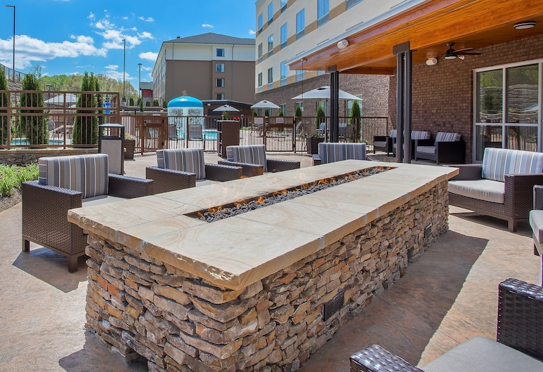 Fairfield Inn & Suites by Marriott Pigeon Forge, Pigeon Forge, Outdoor Dining