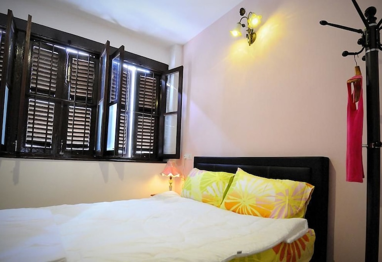 Thirty Three Stewart Houze - Hostel, George Town, Suite, 1 Queen Bed, Non Smoking, Private Bathroom, Guest Room