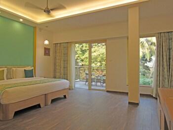Hình ảnh Acron Seaway Resort tại Thị trấn Candolim