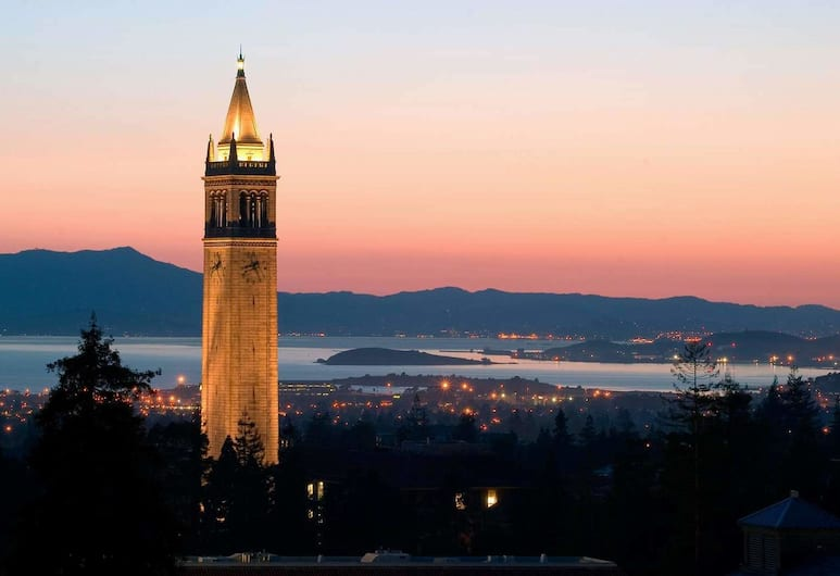 Berkeley Apartment 2 Mins Walking to UC Berkeley Extension, Berkeley