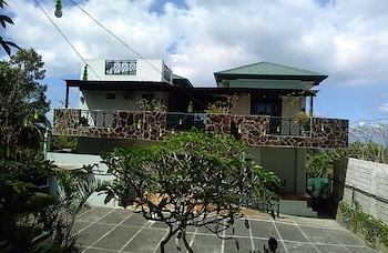 Picture of Balinsasayaw Bed and Breakfast in Tagaytay