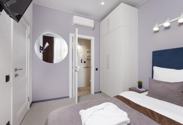 Отель «Вау Эрмитаж», Санкт-Петербург, Стандартный двухместный номер с 1 двуспальной кроватью, 1 двуспальная кровать «Квин-сайз», Номер