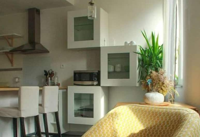 Gambetta, Toulouse, Basic Apartment, Living Area