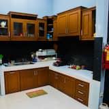 Phòng tập thể cơ bản, Chỉ dành cho nữ - Bếp chung