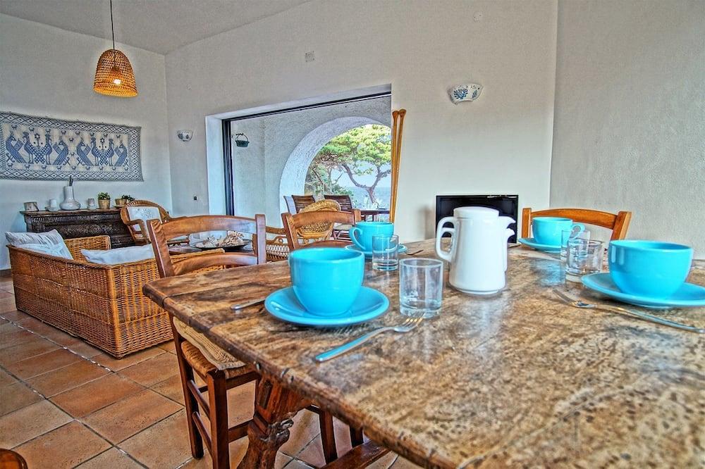 Villa, 3 habitaciones - Servicio de comidas en la habitación