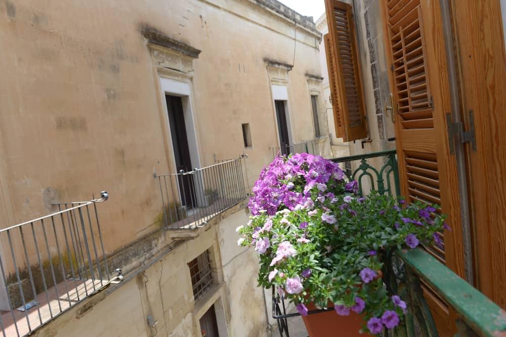 Deluxe Quadruple Room, Balcony - Balcony