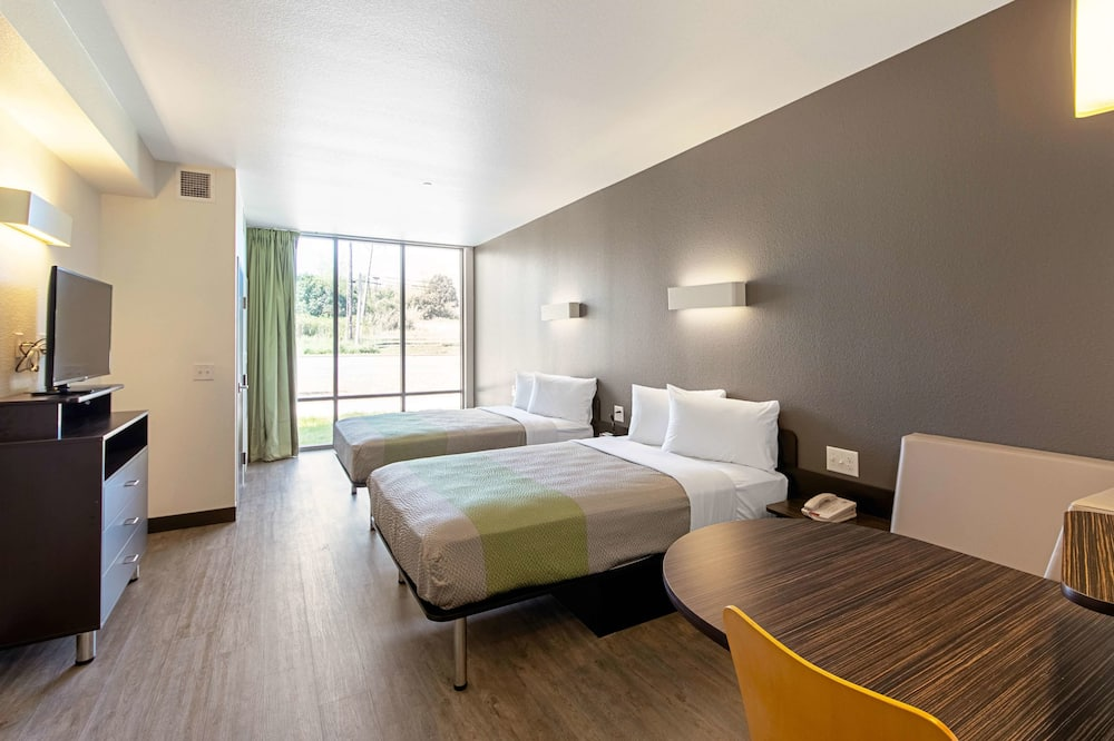 Deluxe Room, 2 Double Beds, Accessible, Non Smoking - Guest Room