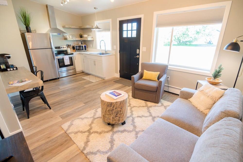 Premium Suite (9) - Living Area