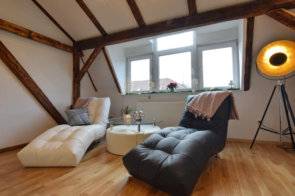 Ekskluzīvs dzīvokļnumurs, divas guļamistabas - Dzīvojamā zona