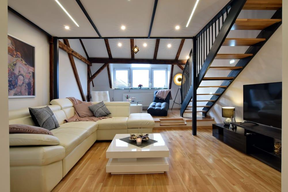 Ekskluzīvs dzīvokļnumurs, divas guļamistabas - Galvenais attēls