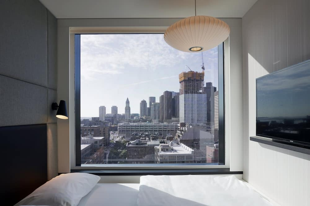 King Room Downtown View - Guest Room View