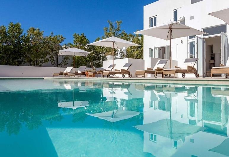Villa Arushi, Rendezvous Bay, Outdoor Pool