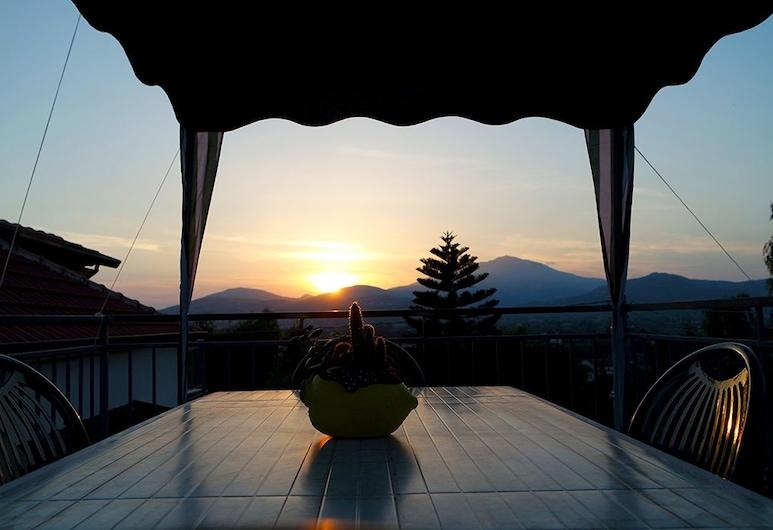 Casa Elena, Ascea, Terassi/patio