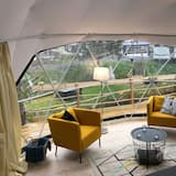 Tienda de campaña/carpa panorámica, 1 cama Queen size con sofá cama - Habitación
