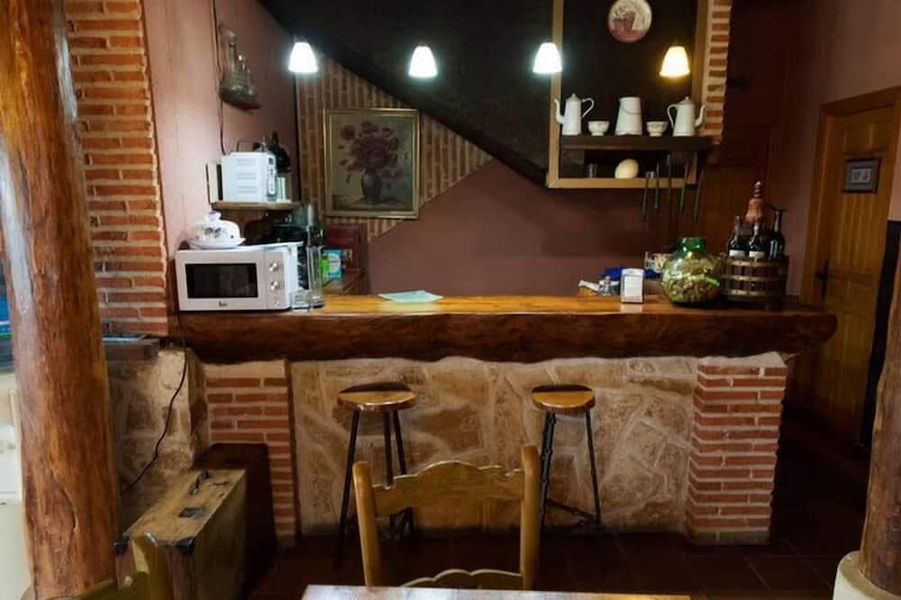 Δίκλινο Δωμάτιο (Double) - Κοινόχρηστη κουζίνα
