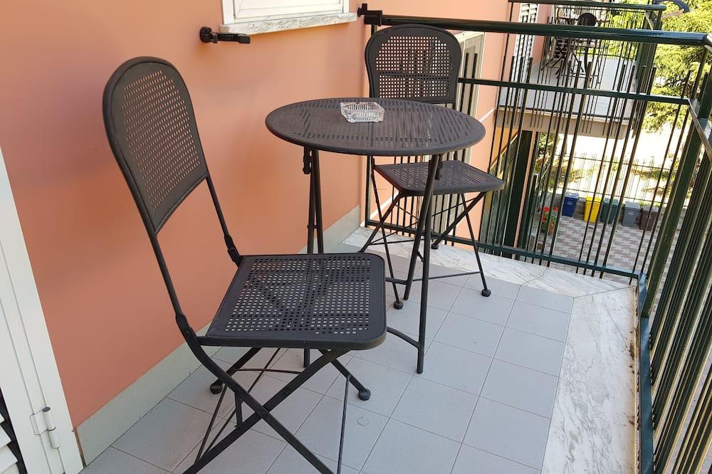 Трехместный номер «Комфорт» - Балкон