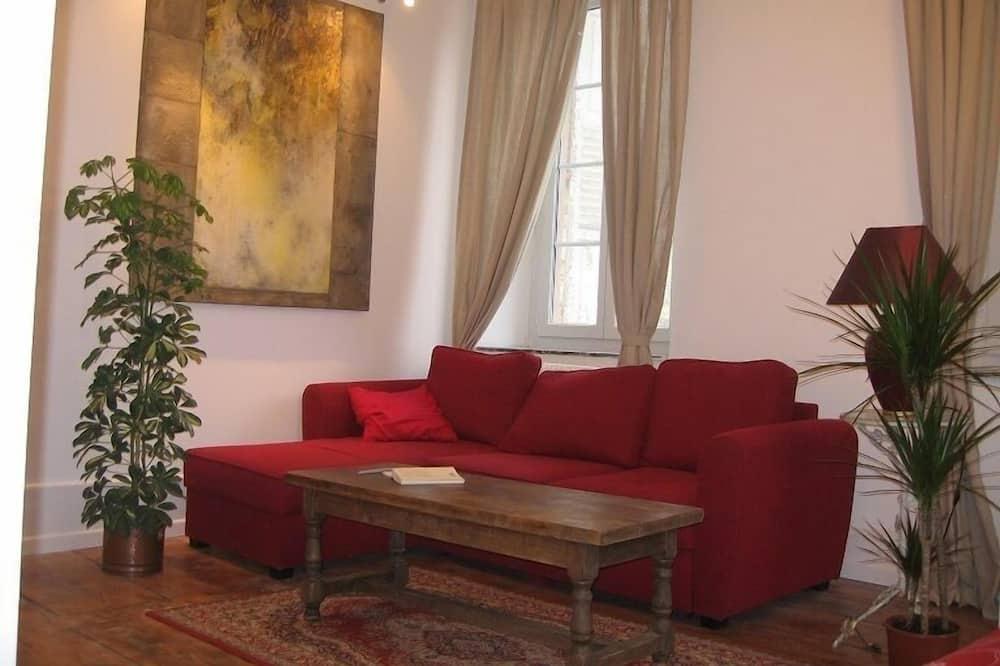 Dvojlôžková izba typu Comfort, 1 veľké dvojlôžko, nefajčiarska izba, výhľad na záhradu - Obývačka