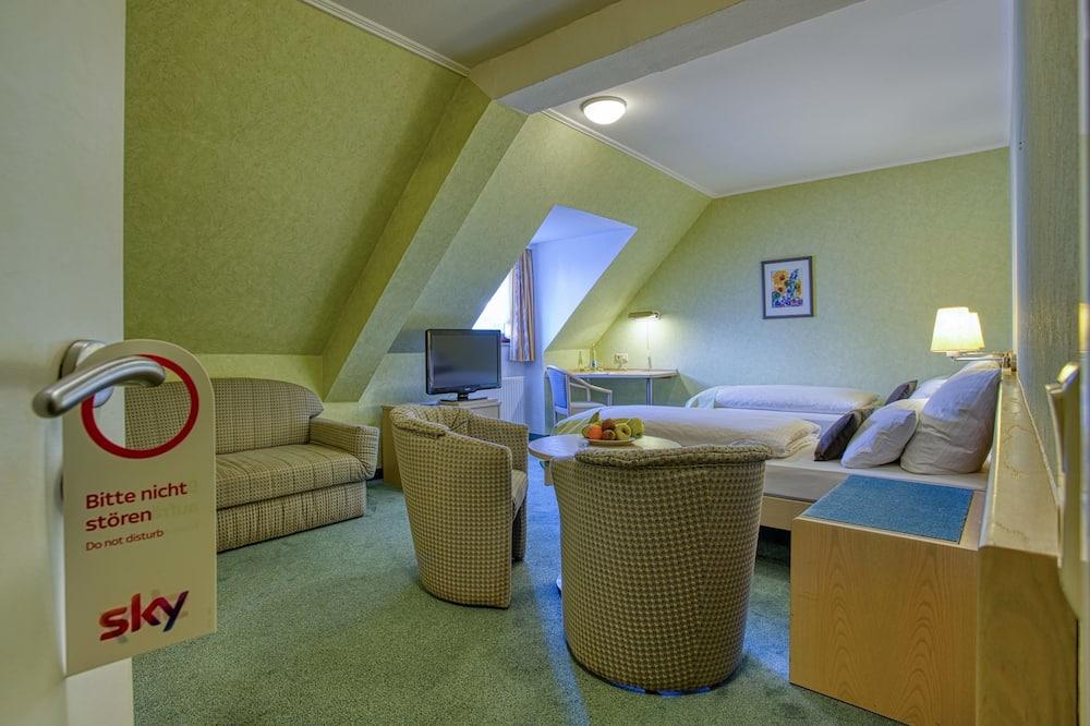 Twin Room (mit Dusche) - Ruang Tamu
