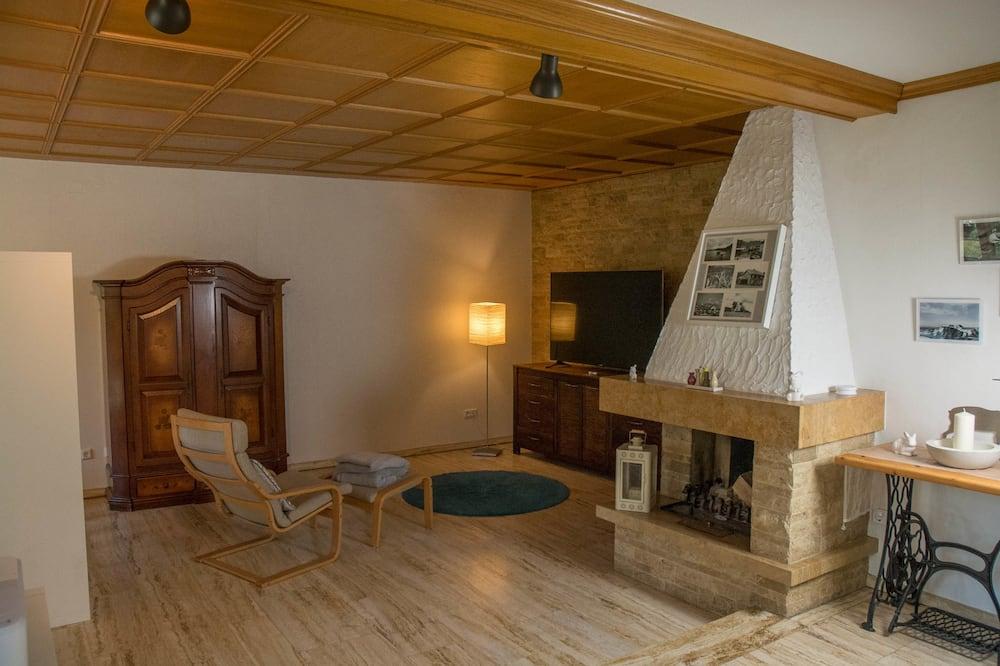 Comfort Apartment, 2 Bedrooms, Accessible, Ground Floor - Living Room