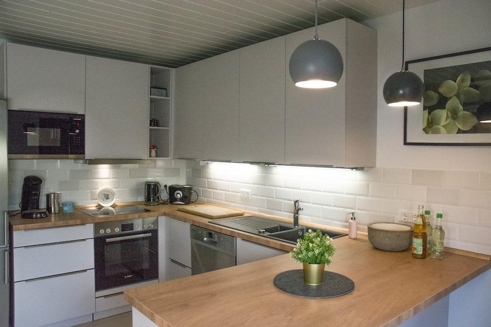 Comfort Apartment, 2 Bedrooms, Accessible, Ground Floor - Living Area