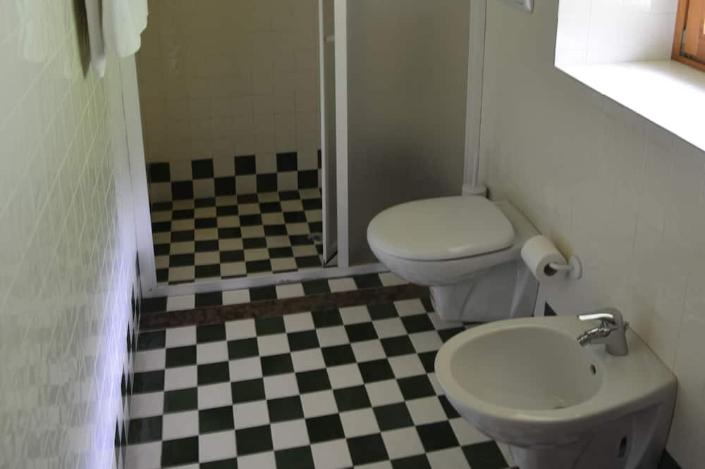 Apartamentai, 1 miegamasis, vaizdas į kalnus - Vonios kambarys