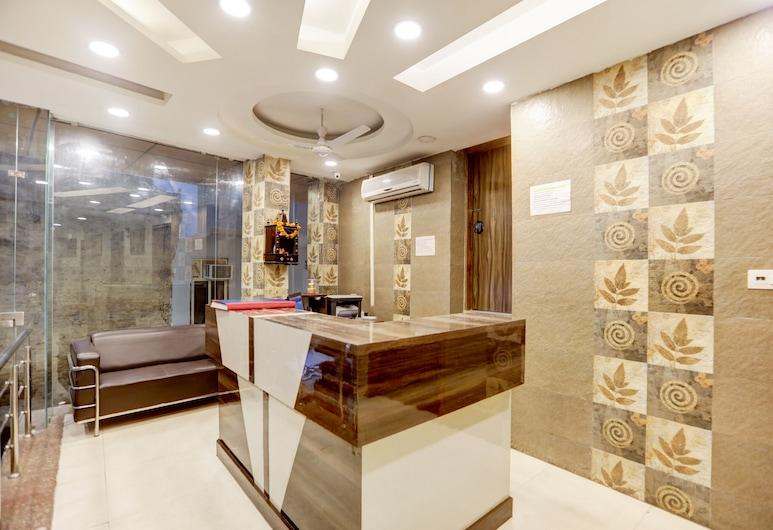 OYO 22494 Hotel Milan, Neu-Delhi, Rezeption