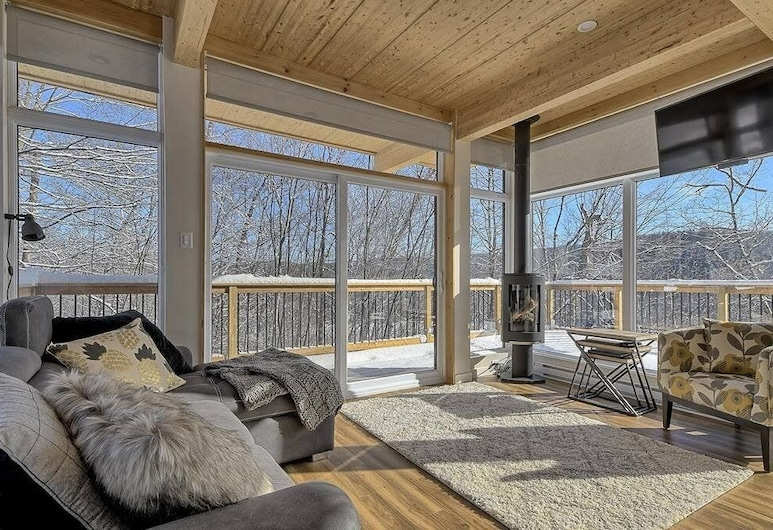 Bright contemporain ❤️ on mountainside with view CITQ # 297192, Sentadēle