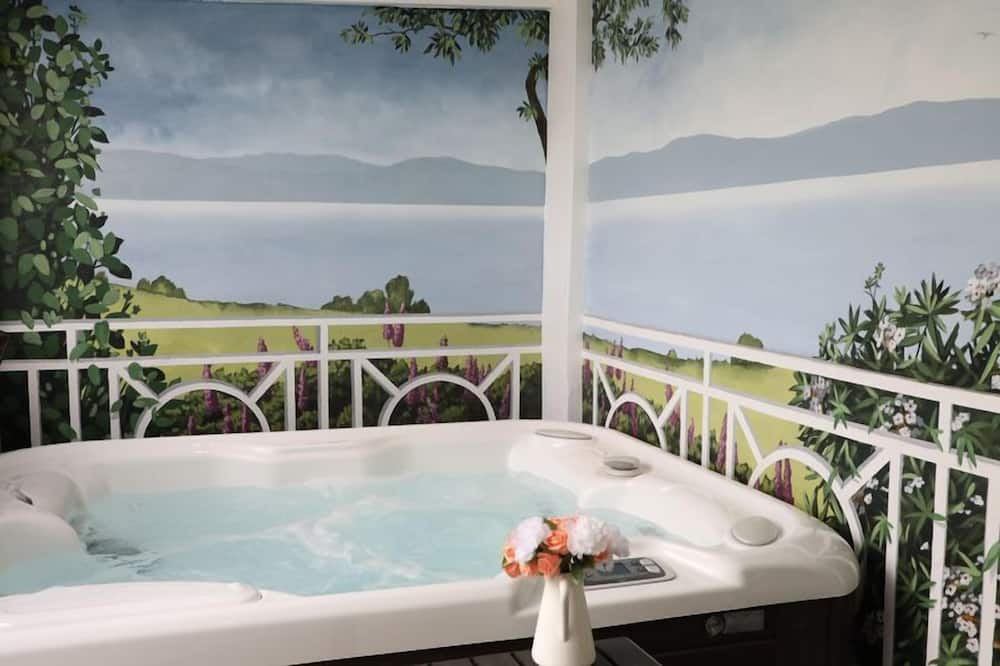 Double Room with private sauna and hot tub - Private spa tub