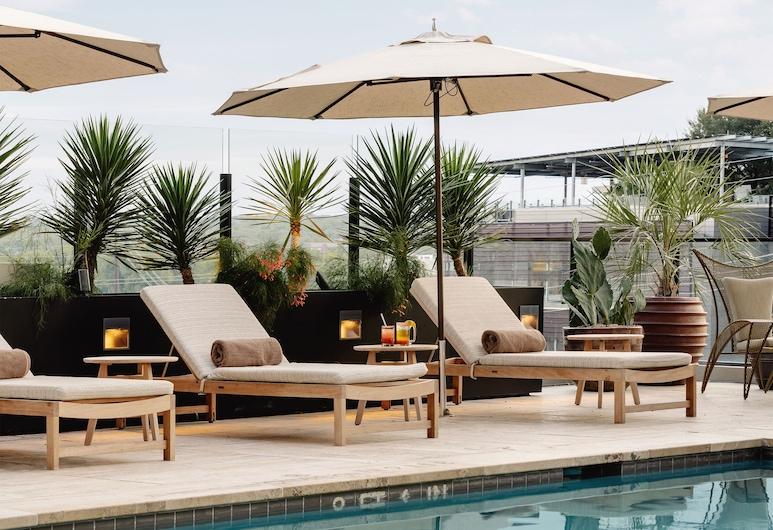 オースティン プロパー ホテル メンバー オブ デザイン ホテルズ, オースティン, 屋上プール