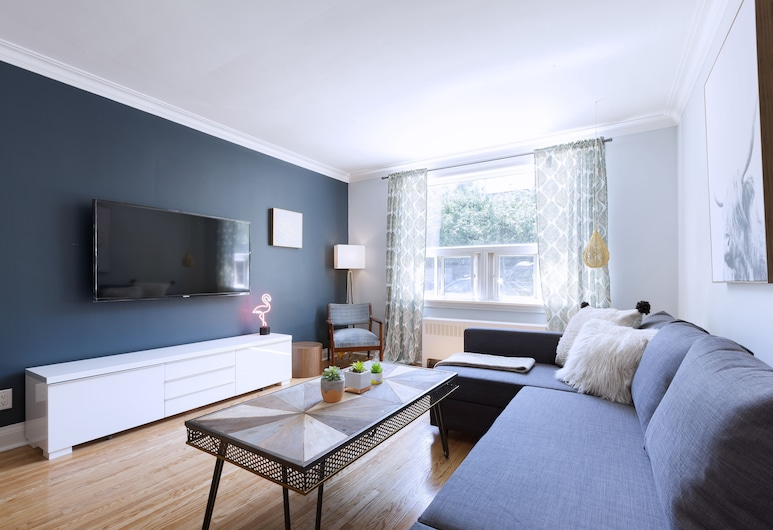 Bright 4-Bedroom in Forest Hill (Perfect for Groups), Toronto, Lobby