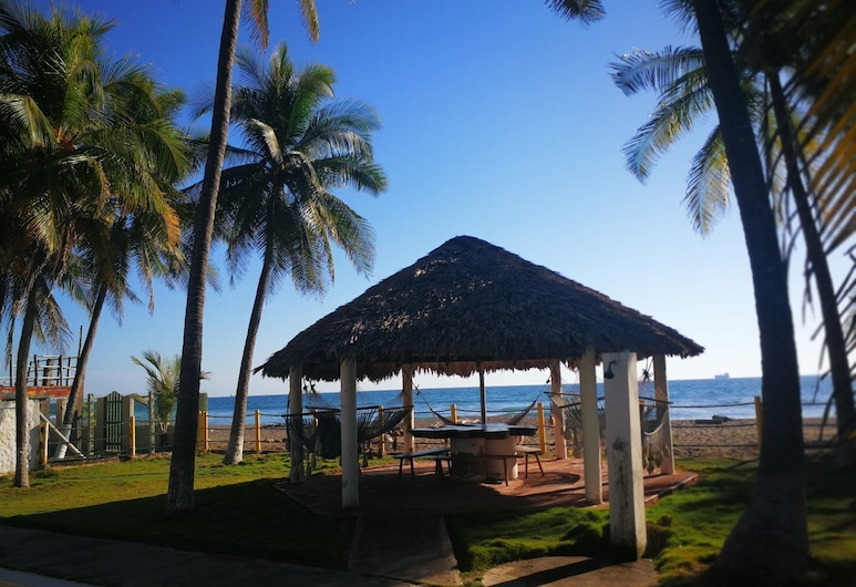 Your safe haven right by the beach, Acajutla, Kawasan Hartanah