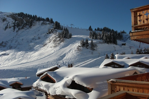 デンツデュミディの壮大な景色を望む高級スキーイン/スキーアウトアパートメント/