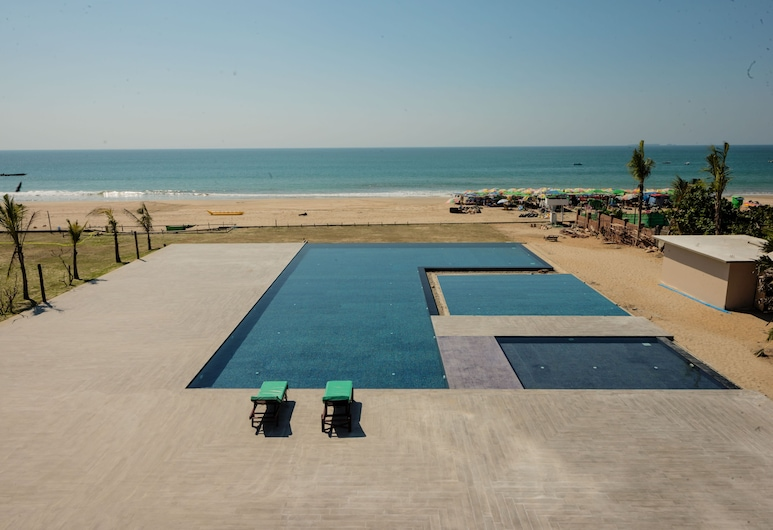 The Village Resort, Ngwe Saung, Kolam Terbuka