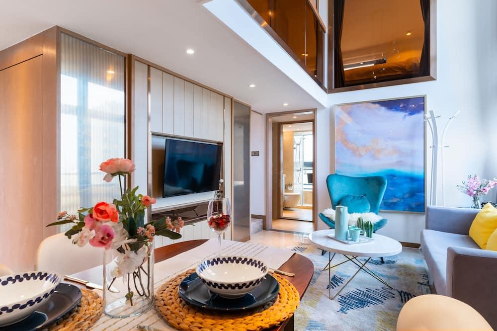 Cityview Three-bedroom Suite Duplex - Living Area