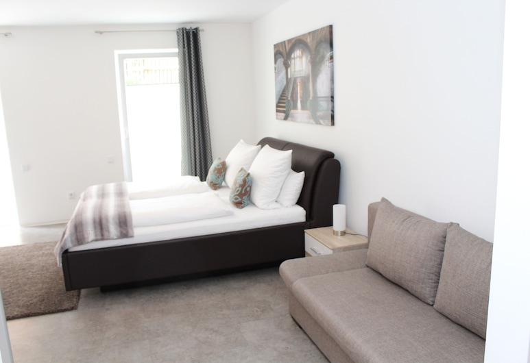Hotel & Boarding House Schlosserwirt, Mering, Deluxe Studio, 1 King Bed with Sofa bed, Guest Room