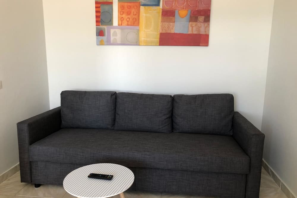Apartment, 3 Bedrooms, Non Smoking, City View - Ruang Tamu